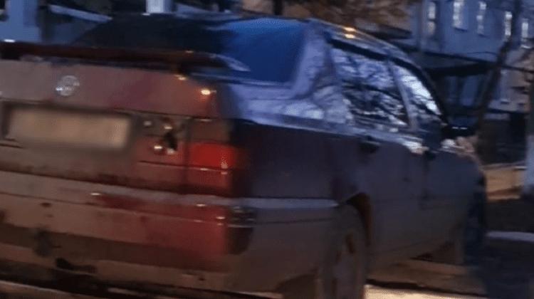 Fără permis de conducere, dar vitezoman, un bărbat le-a spus polițiștilor că este drogat