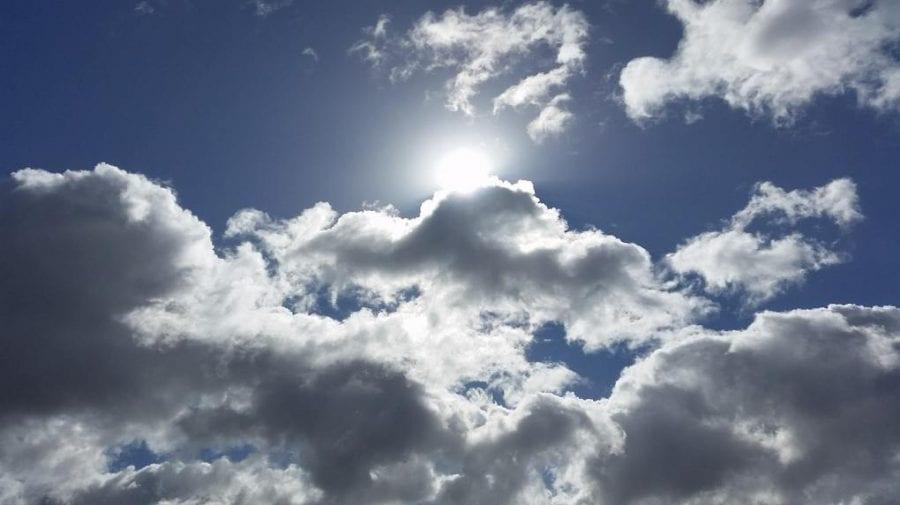 Cum va fi vremea în ultimul weekend al iernii: lapoviță și soare pe cer