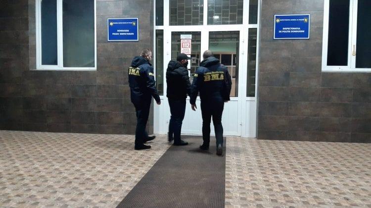 Un azer anunțat în căutare pentru escrocherie, reținut la Dondușeni