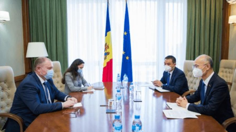 "Guvernul Chinei va dona Republicii Moldova un lot ""mare"" de doze de vaccin"