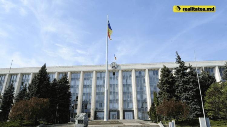 (VIDEO) Guvernul a numit trei secretari de stat la Ministerul Sănătății