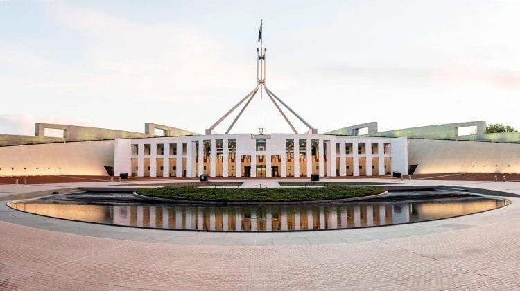 (FOTO) Sex cu prostituate în Parlamentul Australian! Țara se scufundă într-un scandal fără precedent