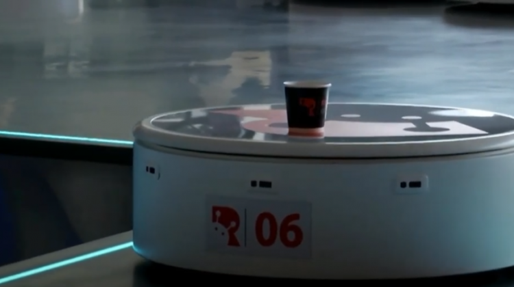 (VIDEO) Prima cafenea robotică din lume fără nici o interferență umană