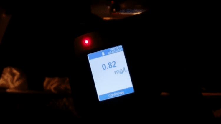 Încă o șoferiță stopată la volan în stare de ebrietate. Aceasta avea concentrația de 0,82 mg/l în aerul expirat