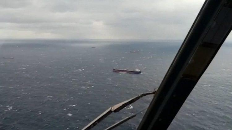 O navă sub pavilion rusesc cu 13 marinari la bord s-a scufundat în Marea Neagră. Salvatorii români au intervenit