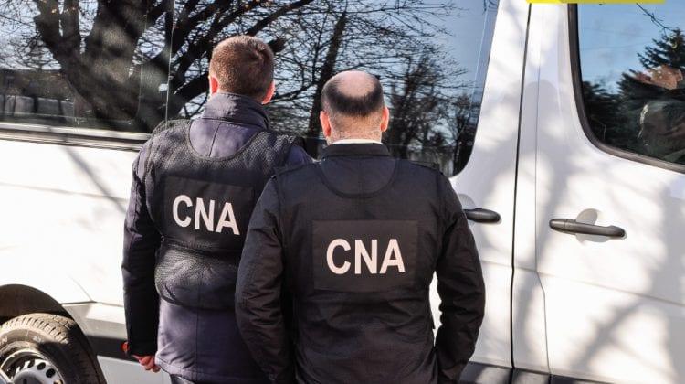 Complicele bărbatului din Cahul, reținut acum câteva zile pentru un permis de conducere de 350 euro, reținut și el
