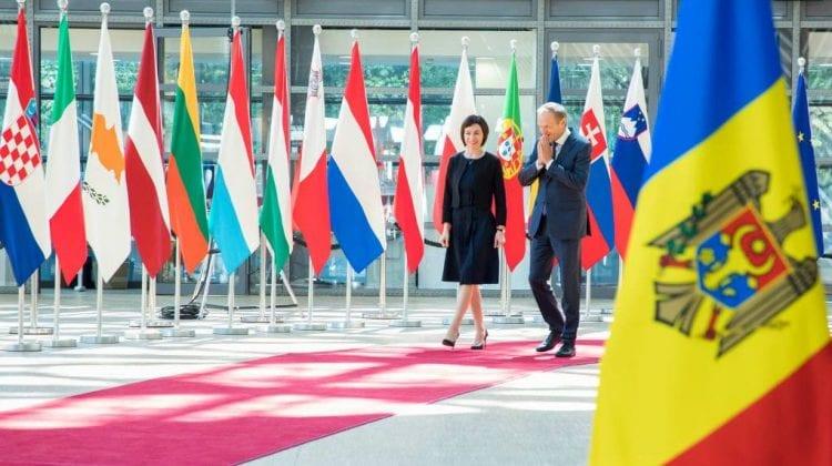 """Maia Sandu a discutat cu Donald Tusk: """"Vom elabora o listă de necesități concrete și urgente pentru țara noastră"""""""