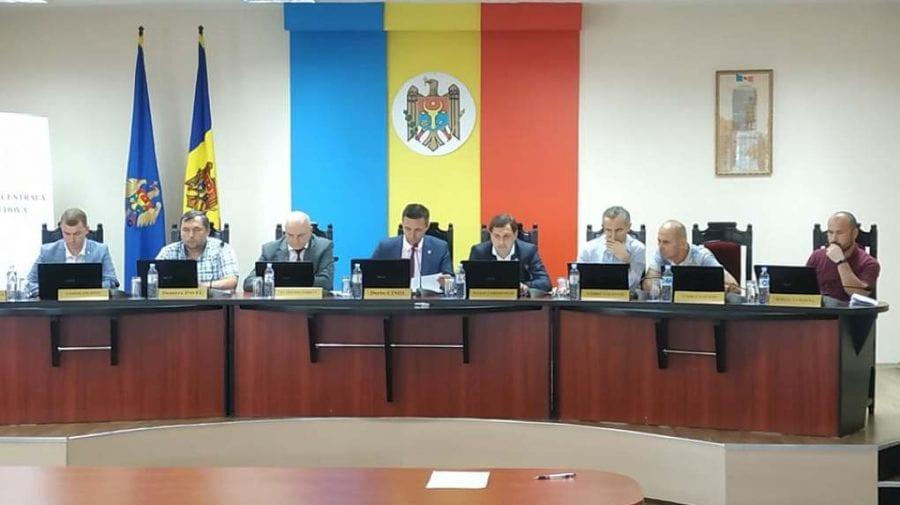 Membrii CEC au aprobat raportul privind rezultatele alegerilor. Documentul va fi remis Curții Constituționale (VIDEO)
