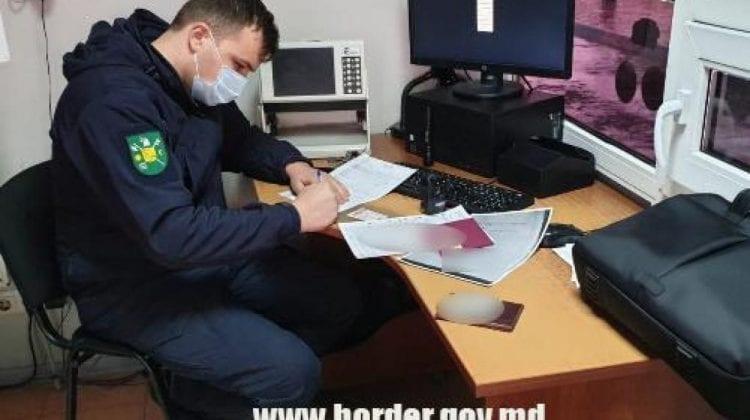 Nu avea licență, dar avea bani. Un moldovean va fi cercetat penal pentru tentativa de a corupe un polițist de frontieră