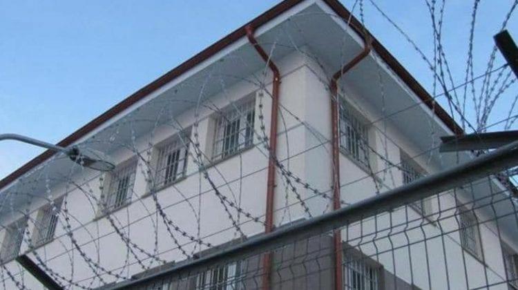 Rezultatele perchezițiilor de la Penitenciarul Soroca: Zeci de obiecte interzise ridicate și 18 deținuți transferați