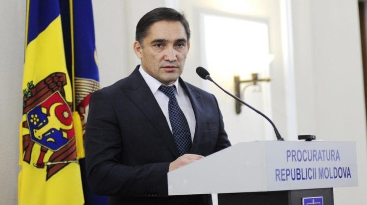 Stoianoglo insistă pe anularea a două decizii ale Judecătoriei Chișinău, prin care Platon și-a adjudecat două clădiri