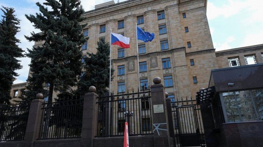"""Rusia răspunde aspru la expulzarea oficialilor săi din Cehia: Este un """"act ostil"""" și """"fără precedent"""""""
