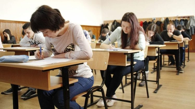 Examenele de bacalaureat din acest an NU mai pot fi anulate. Explicația MECC
