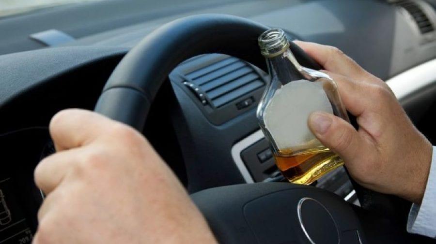 (VIDEO) La volan, în stare de ebrietate avansată. Concentrație de alcool era de 1,01 mg/l.