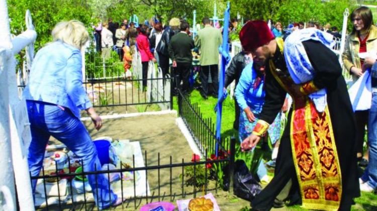DECIZIE FINALĂ! De Paștele Blajinilor cimitirele din Capitală vor fi închise
