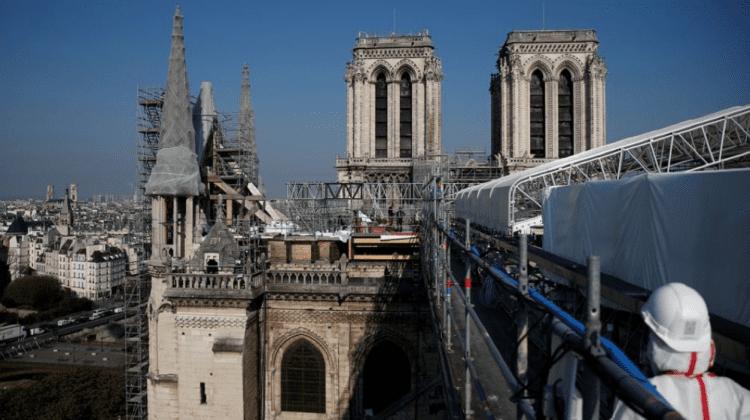 (FOTO) Catedrala Notre-Dame, vizitată de Emmanuel Macron la doi ani după incendiul de la Paris