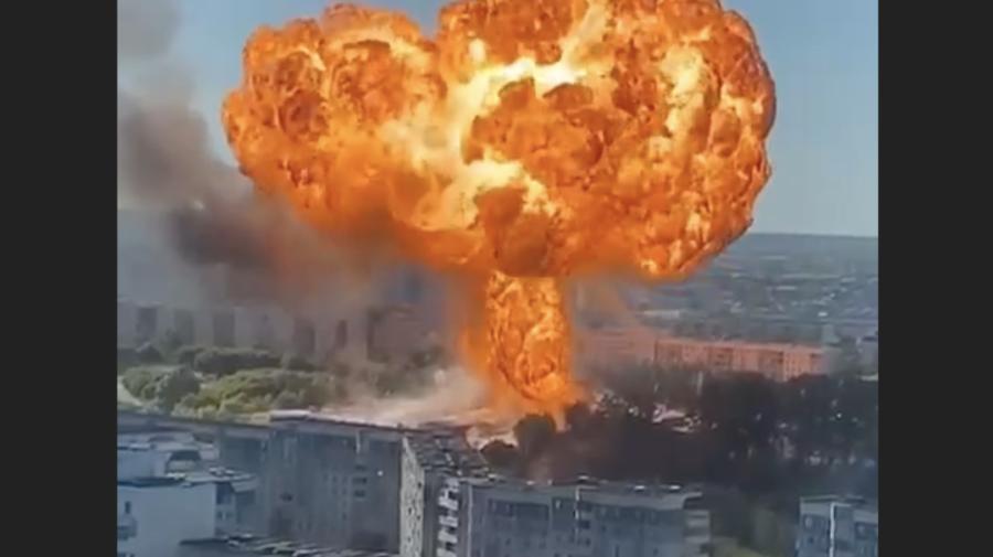 VIDEO Explozia de la benzinărie! 21 de persoane rănite și peste 800 de m2 în flăcări