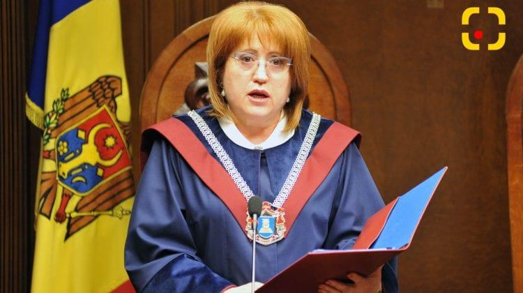 Manole rămâne președintă a CCM și va examina sesizările. Recuzarea depusă de Parlament, respinsă