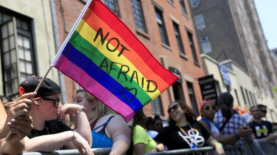 A fost ademenit spre moarte! Pe timp de pandemie întâlnirile pentru persoanele LGBTQ+ pot fi letale