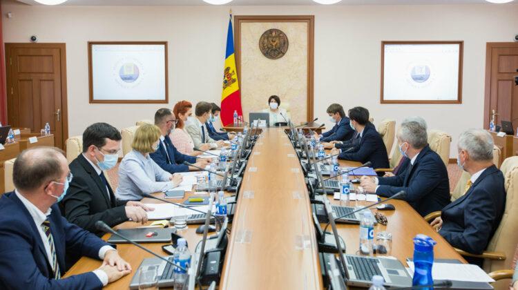 R LIVE Ședința Cabinetului de miniștri, prezidată de prim-ministrul Natalia Gavrilița. Ce vor vota aleșii poporului