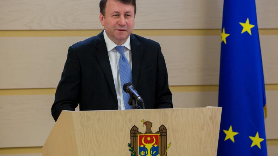 """Igor Munteanu """"ajută"""" Procuratura Generală. A depus două plângeri pe numele lui Stoianoglo"""