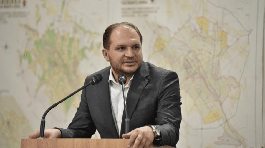 """Ceban se declară cu """"mâinile legate"""" și cere ajutorul autorităților centrale pentru a zădărnici concertele din Chișinău"""