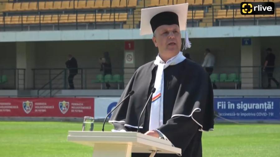 LIVE! Studenții moldoveni de la medicină depun jurământul lui Hippocrate