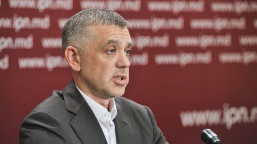 """Kalinin, după scandalul de la ProTV, continuă cu """"limba moldovenească"""" la o conferință. Acolo, i s-a adresat lui Putin"""