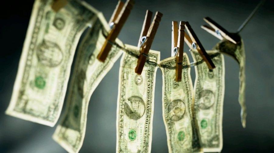 """Cum au fost """"spălați"""" bani prin băncile noastre. Exemplul unei persoane din Ucraina, făcut public de Comisia Laundromat"""