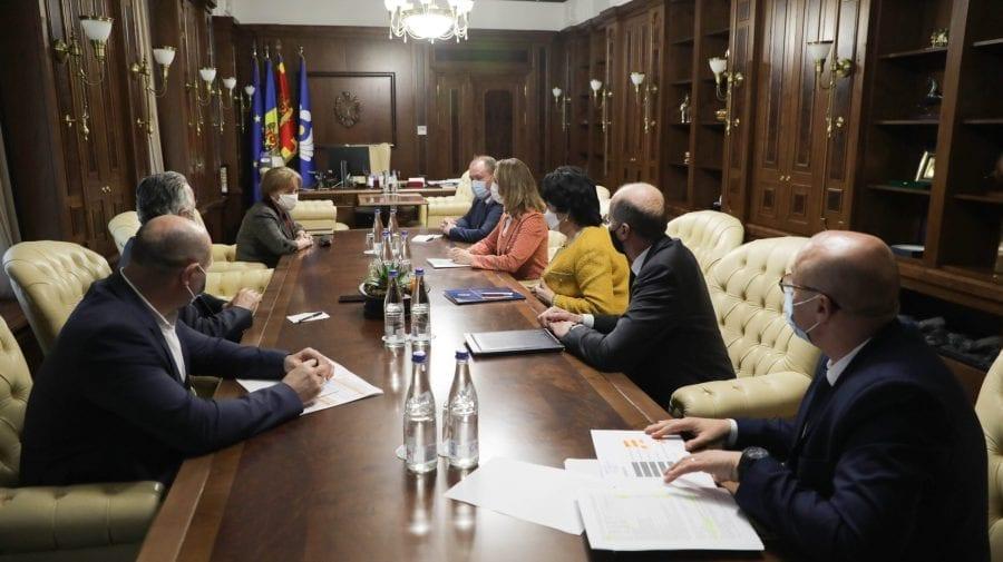 Membrii Guvernului în exercițiu, din nou la masa discuțiilor cu Zinaida Greceanîi