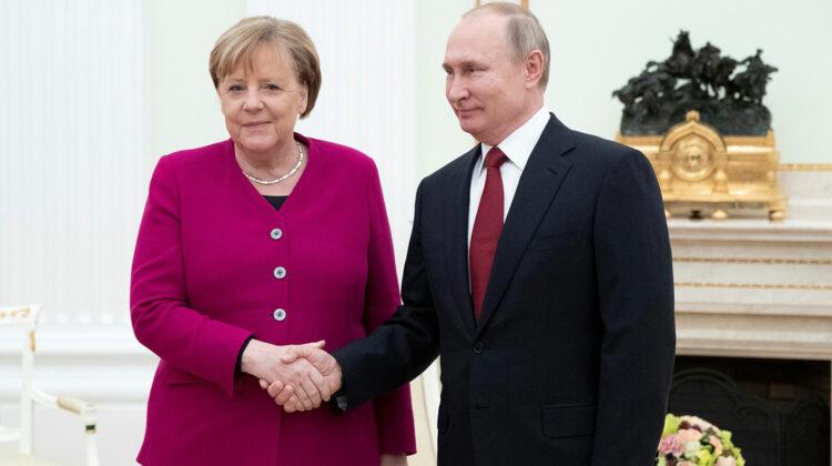 Merkel, cu mesaje de pace și compasiune către Putin