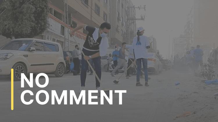 Voluntarii din Fâșia Gaza curăță străzile, după încetarea focului