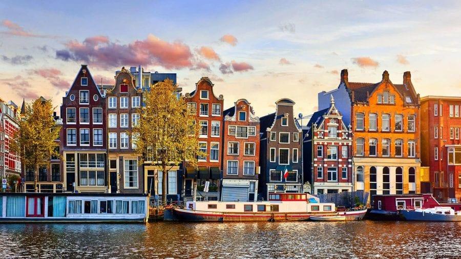 După patru luni de restricții stricte, Olanda revine la normalitate. Vezi în ce constă succesul autorităților olandeze