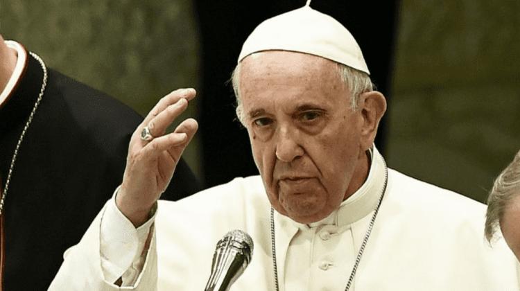 A oferit dulciuri celor ce se vaccinează cu a doua doză. Cum și-a sărbătorit Papa Francisc onomastica