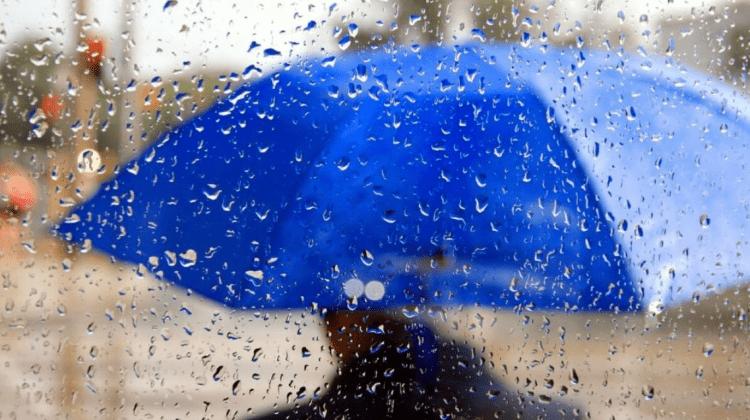 Moldova nu scapă de vijelie și ploi puternice! Ce temperaturi vom avea în următoarele 7 zile