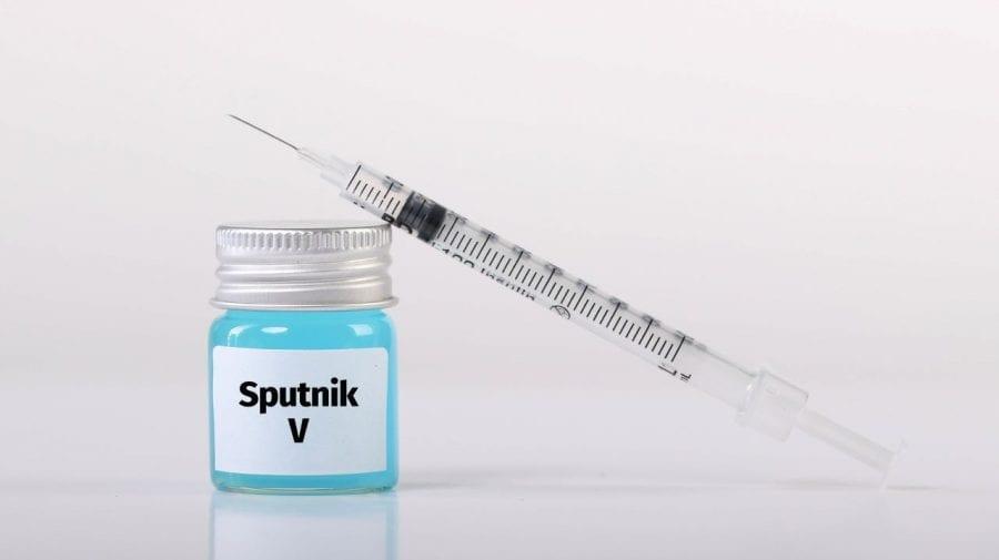 Sputnik-V nu va fi deocamdată distribuit în regiunile din Moldova
