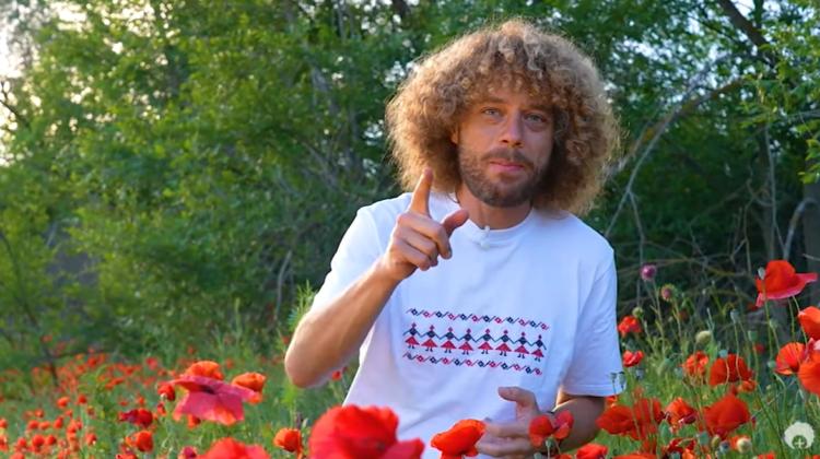 """VIDEO Din lan, din beci… Varlamov comentează știrile ruse din Moldova: """"Nu atinge macii mei, românule"""""""