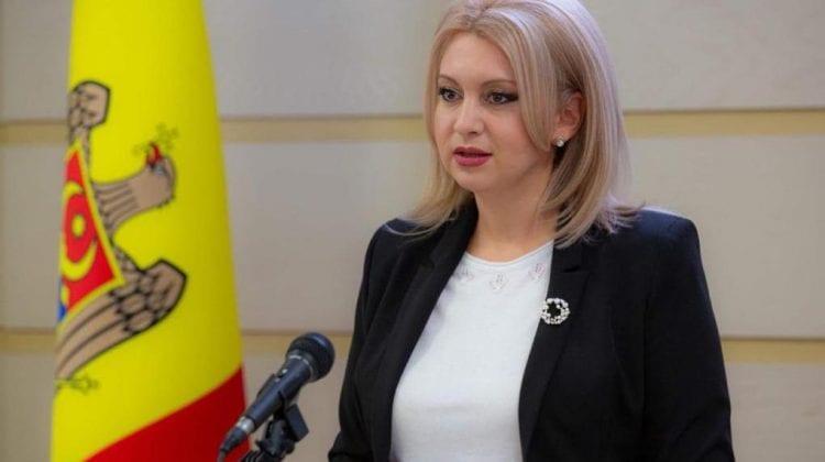 """PP """"ȘOR"""" și """"Pentru Moldova"""" propun scutirea pensionarilor și a copiilor de la plata utilizării liftului"""