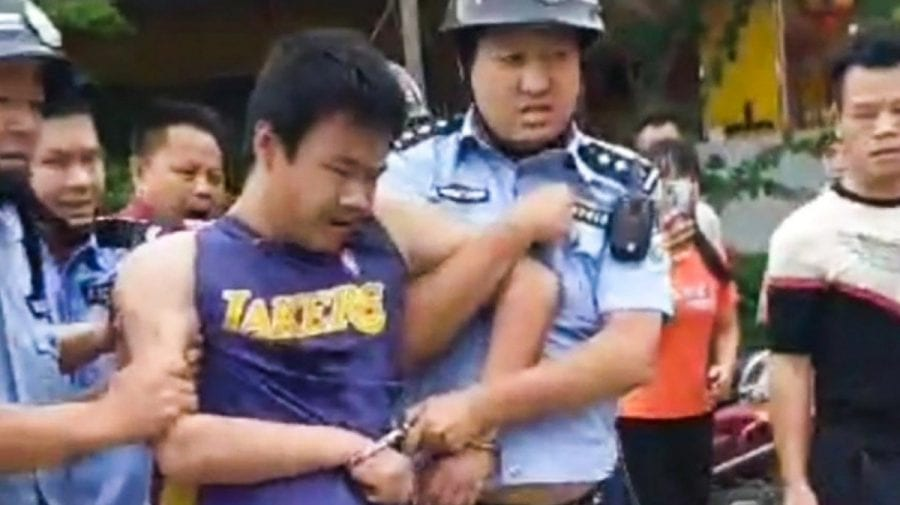 Teroare în China! Un bărbat a atacat cu un cuțit 18 persoane la o grădiniță din Beiliu
