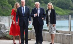 VIDEO Biden e într-un maraton de vizite! Momentul amuzant a fost când coloana de mașini a mers pe dreapta în Anglia