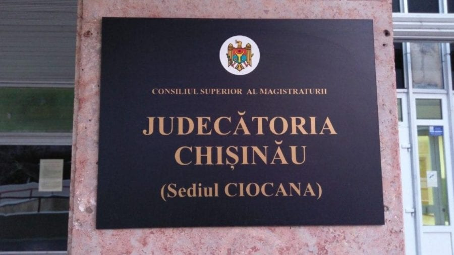 ALERTĂ! Procurorii îi vor după gratii pe arhitectul-șef al Consiliului raional Criuleni și complicele său