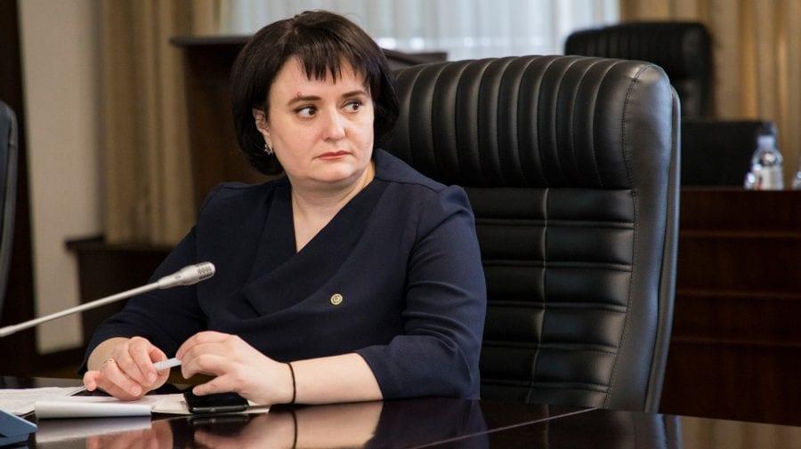 Deși e membră a partidului lui Ion Chicu, Viorica Dumbrăveanu continuă să fie consiliera Zinaidei Greceanîi