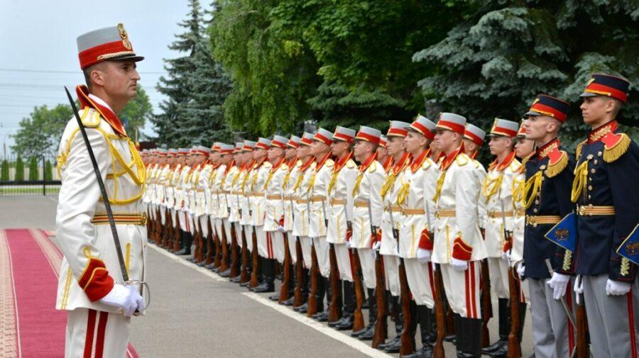 FOTO, VIDEO De 29 de ani servesc Republicii Moldova! Ei sunt martorii marilor evenimente din istoria țării