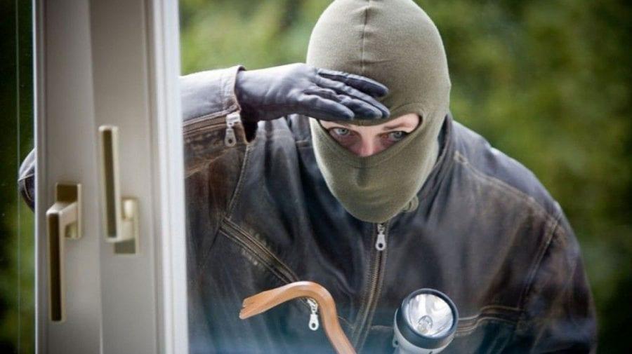 UTIL! Cum să vă protejați locuințele de hoți în perioada sărbătorilor pascale