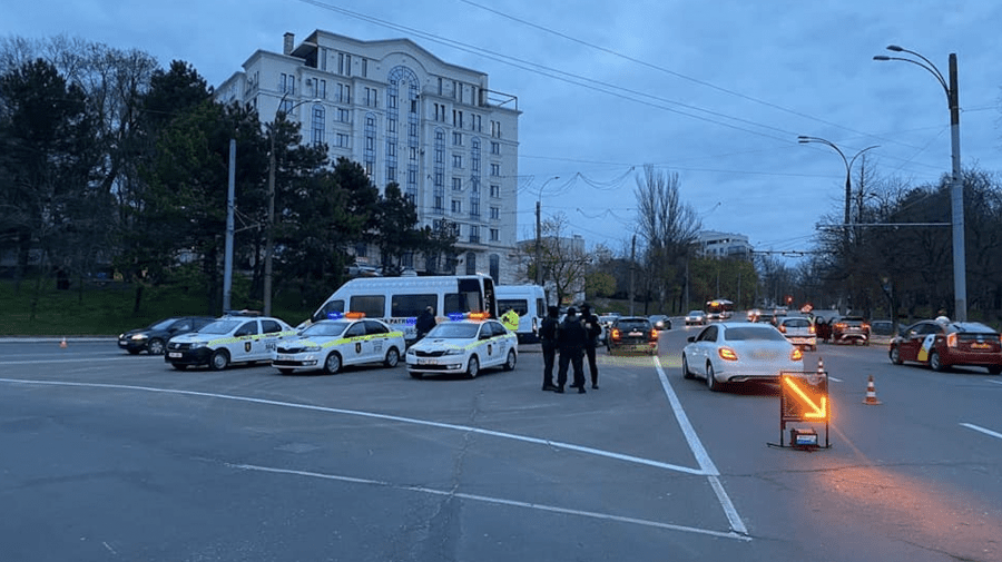 (FOTO) Poliția a prins în seara zilei de ieri 13 șoferi beți la volan