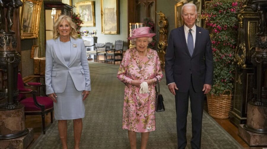 Regina Elisabeta s-a văzut cu al 13-lea președinte al SUA. Pe primul, l-a cunoscut când avea 25 de ani! Cine a fost?