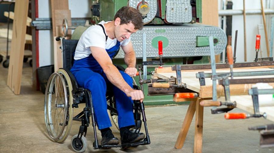 Privilegii pentru agenții economici care vor angaja persoane cu dizabilități pe o perioadă nedeterminată
