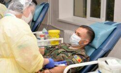 Eroi pe timp de pandemie! Militarii Armatei Naționale au donat sânge și plasmă