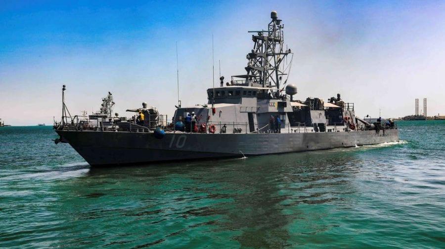 (VIDEO) Marina SUA avertizează navele iraniene! O navă de război americană a tras un șir de focuri