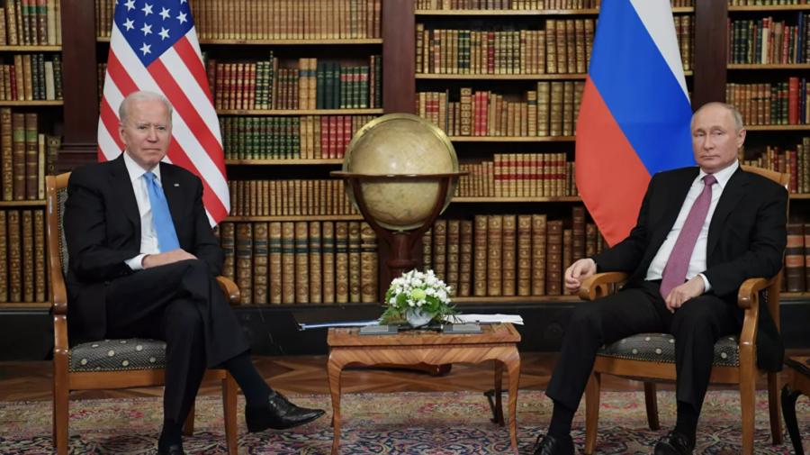 Negocierile dintre Putin și Biden într-un format restrâns s-au încheiat. Summitul intră în sesiunea mai largă